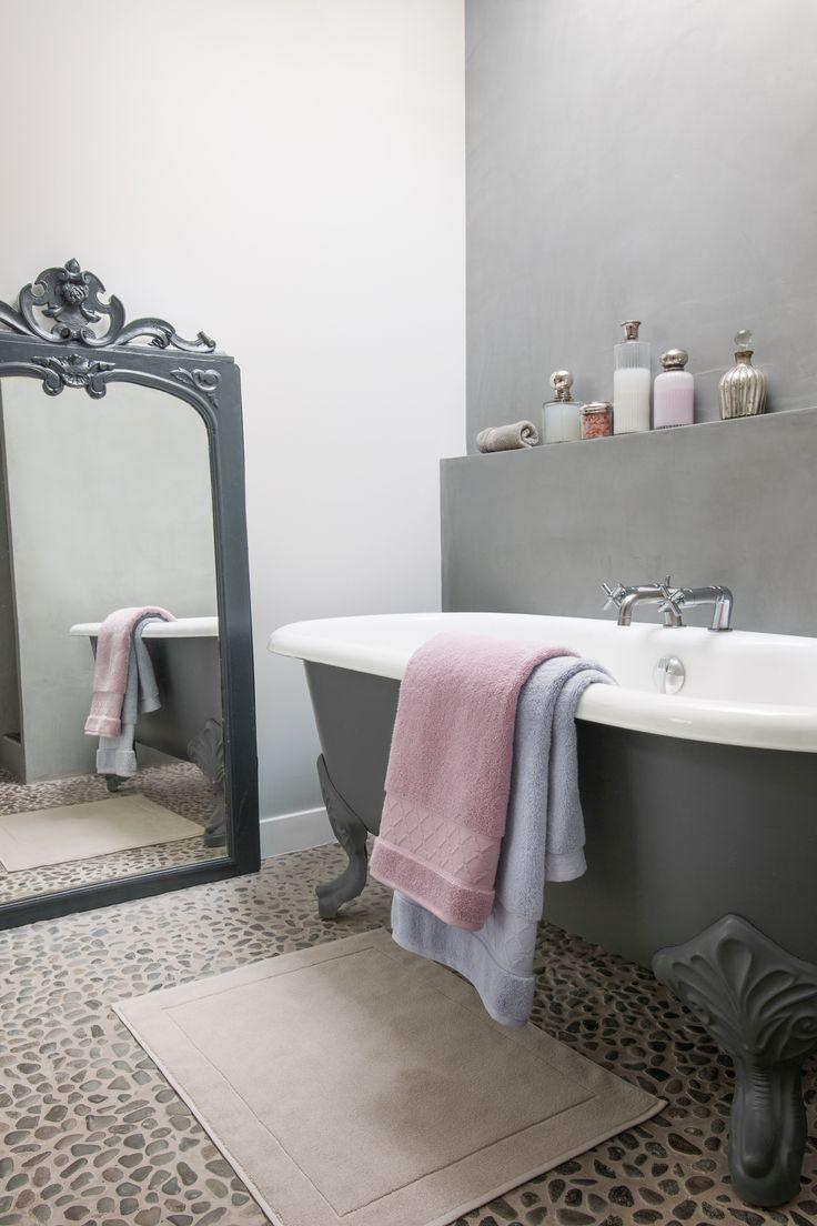 les 25 meilleures id es de la cat gorie tapis de bain en serviette sur pinterest tapis de bain. Black Bedroom Furniture Sets. Home Design Ideas