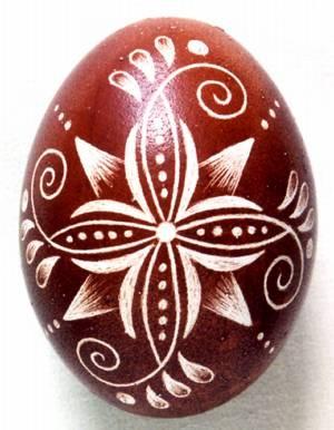 Karcolt tojás - Scratch-carved egg (7)