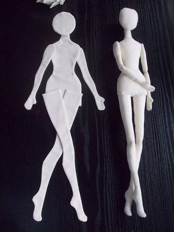 En blanco cuerpo de la muñeca es de 17 pulgadas (42 cm) de altura. Cuerpo de la muñeca de la tela se hace de lino sin material de relleno. Este espacio en blanco, cuerpo de la muñeca de trapo está listo para cosas. Estos cuerpos de muñeca hecha de antemano son perfectos si usted