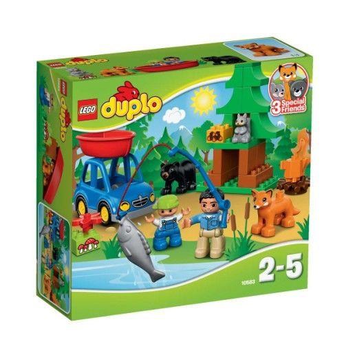 Cet ensemble fournit des heures d'amusement et de nombreuses possibilités de découverte : parlez aux petits aventuriers en herbe du respect de la vie sauvage alors qu'ils inventent des jeux de rôle avec les figurines et les animaux. Ils adoreront construire les véhicules et maîtriser les compétences de construction de base avec l'arbre de la forêt à construire. Les briques Lego Duplo sont spécialement conçues pour les petites mains.