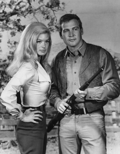 Linda Evans with Lee Majors from The Big Valley 1965-1969