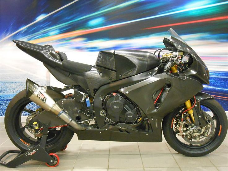 voltcom suzuki gsx r1000 l4 yoshimura wsbk motorcycle. Black Bedroom Furniture Sets. Home Design Ideas