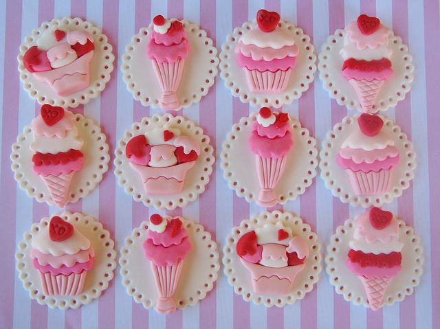 Sweet Valentine Cupcake Toppers by Lynlee's Petite Cakes, via Flickr