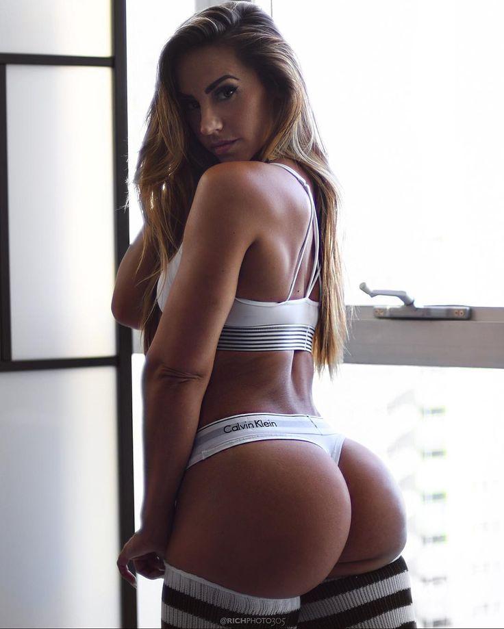 spanked naked girl butt