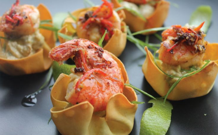 Snack Time – Crushed Avocado, Limey Prawns in Crispy Wonton Cups