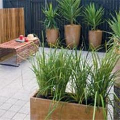 Renters' Courtyard Makeover 1: Laidback and Easy Care - Better Homes and Gardens - Yahoo!7