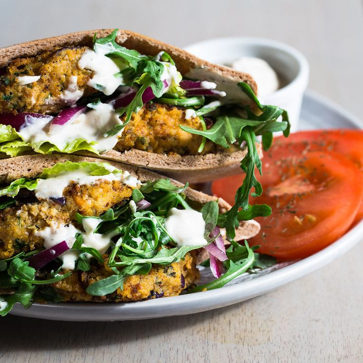 The falafel meets a sweet potato and forms a California burger in a pita pocket. Super tasty, high in protein, fiber and nutrients, it was amazing to enjoy a burger as a healthy lunch option. The recipe for this wonderful vegan patty is below. Sweet Potato Falafel... #burger #chickpeas #falafel