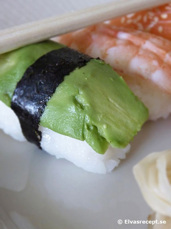 Recept på nigiri - sushiris lax avocado