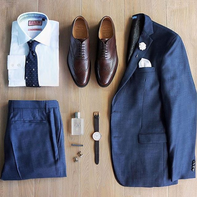 #SuitGrid by @thecuratedgentleman Tap For Brands ________________________________________ To be FEATURED LIKE ❤️&TAGsomeone that would look great in this outfit use the hashtag #SuitGrid. Feel free to FOLLOW our creative director (@inisikpe for style advice & @suitgrid for daily outfit post) Would you wear thisorComments
