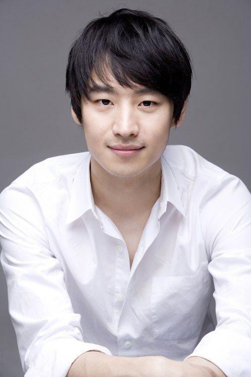 Lee Je Hoon 이제훈 84 - debut 2006