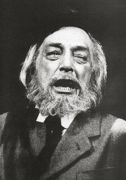 José María Rodero, en Luces de Bohemia, De Valle Inclán. 1984, Teatro María Guerrero de Madrid.