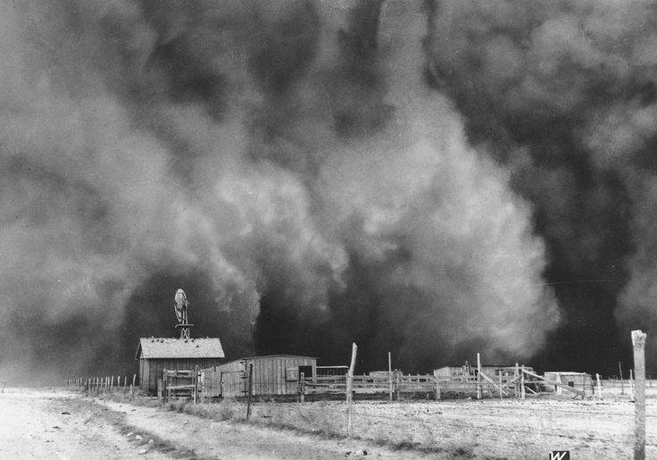 A gigantic dust cloud engulfs a ranch in Boise City, Oklahoma, in 1935. (Photo: AP)