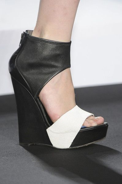 Helmut Lang Spring 2012: Lang Shoes, Biggest Beautiful, Helmut Lang, Fashion Week, Beautiful Makeovers, Lang Spring, Favorite Beautiful, Fashion File, Beautiful Products