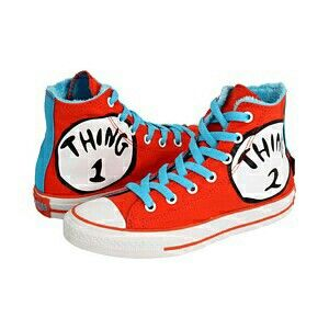 Converse that would have been PERFECT to wear with my sister for Halloween. We were Thing one and Thing two.