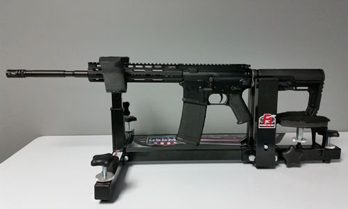 To facilitate my wife's entry into the world of AR-15 reviews, we just set her up with a Vidalia Police Supply VPS-15 rifle. This is a first look at the rifle in it's original form.