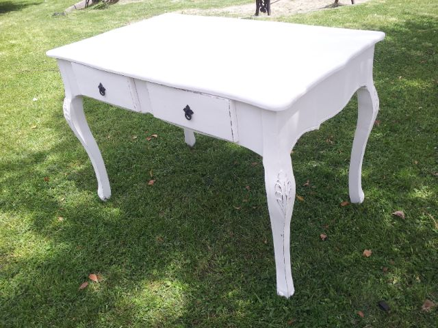 https://www.facebook.com/DecoraMueblesRetro  https://www.facebook.com/Decoramuebles2