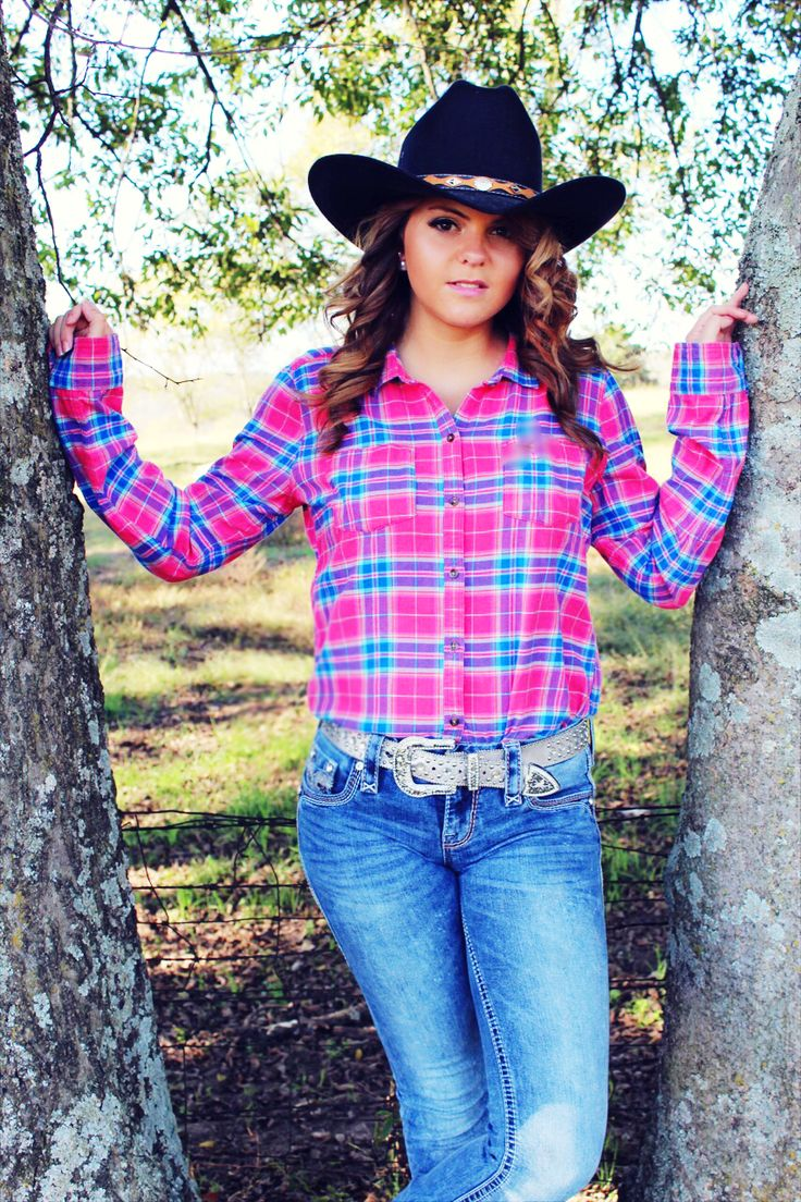 Cowgirl pink flannel and rock revival jeans | Country girl ...