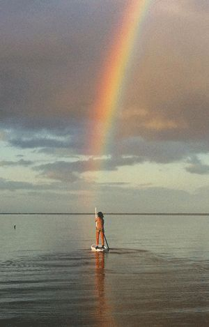 Hawaii SUP Rainbow - lookin for gold!