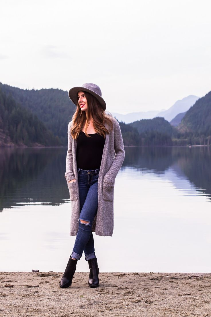 Belcarra, Coquitlam, Vancouver, Cardi, Cardigan, Sweater, Fall Outfits, Outfits for Fall, Fall Fashion, Fall Style, Fall Boots, Booties, Wool Hat, Women's fashion, Falls Trends