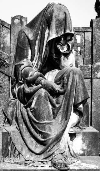 Gli angeli del Verano, opere d'arte tra le tombe - Repubblica.it Mobile