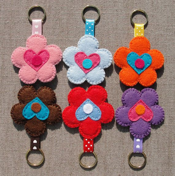 Keychains Felt Flowers set of 6 nr3 party door WilliamsGiftshop, $18.00