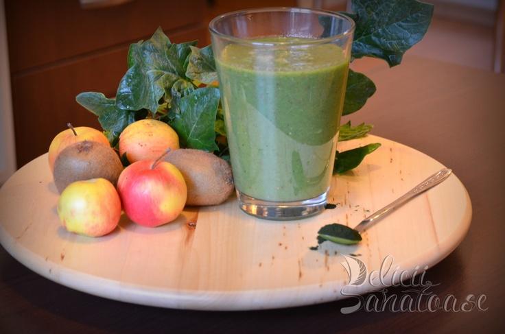 #raw #vegan green smoothie