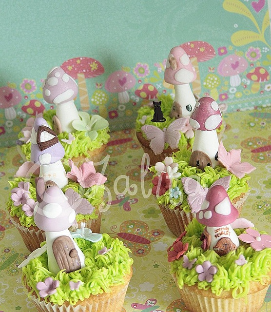 Fairy Garden Cupcakes #fooddecoration, #food, #cooking, https://facebook.com/apps/application.php?id=106186096099420