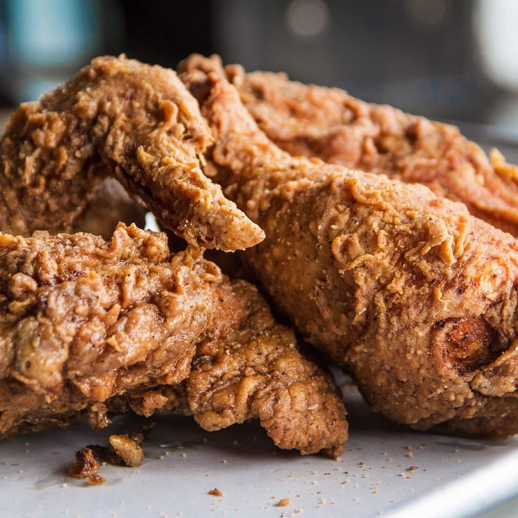 """21 best fried chicken spots in n. America! """"Tuck your napkin into your shirt, break out the biscuits and sweat tea, and savor our picks for the best fried chicken across the US of A."""""""
