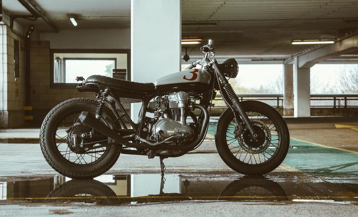 Untitled Motorcycles UMC-043 W400 3DOM designed and built in London by Adam Kay london@untitledmotorcycles.com