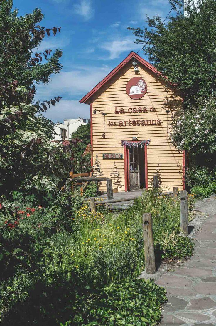 La Casa de los Artesanos in Bariloche, Argentina   heneedsfood.com