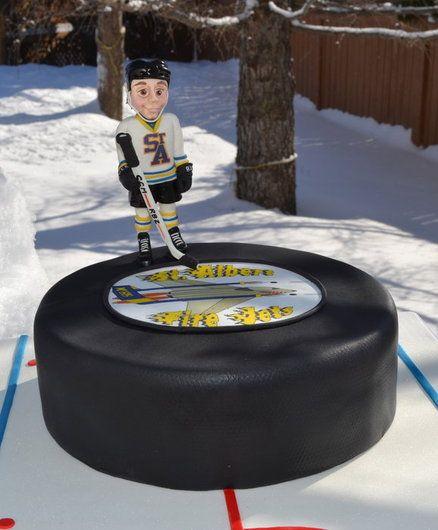 Hockey puck cake