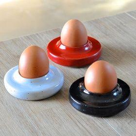 Art de la table | LULÌSHOP Coquetier céramique Hand-made ceramic egg cup Julien Truchon