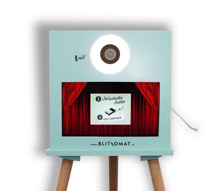 Jetzt Blitzomat Fotobox mieten! Egal ob die Fotobox für Hochzeit, Firmenfest oder Geburtstag gemietet wird, unser Photobooth ist das perfekte highlight!