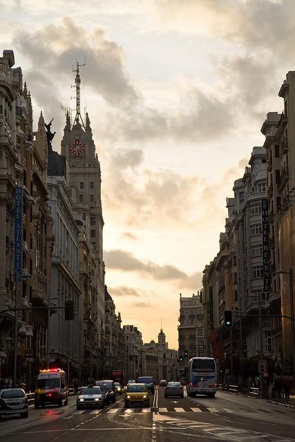 Gran Via, Madrid by RubenMendez