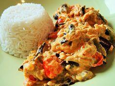 Auberginen-Curry mit Joghurtsauce, ein leckeres Rezept aus der Kategorie Vegetarisch. Bewertungen: 57. Durchschnitt: Ø 4,4.