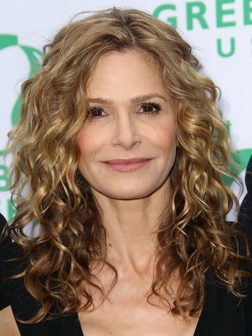 Gorgeous Long Hairstyles for Older Women