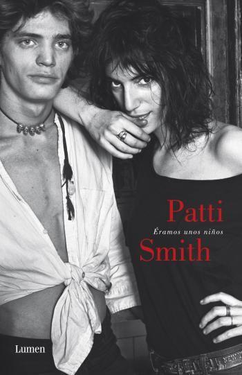 Nacida en Chicaco en 1946, Smith saltó a la fama durante el movimiento punk con su álbum debut Horses. La llamada ʺmadrina del punkı aportó un punto de vista feminista e intelectual al movimiento y se convirtió en una de las artistas más influyentes dentro de la música rock,...