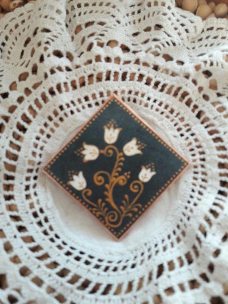 Kasírozott papír alapra festett Tulipánok