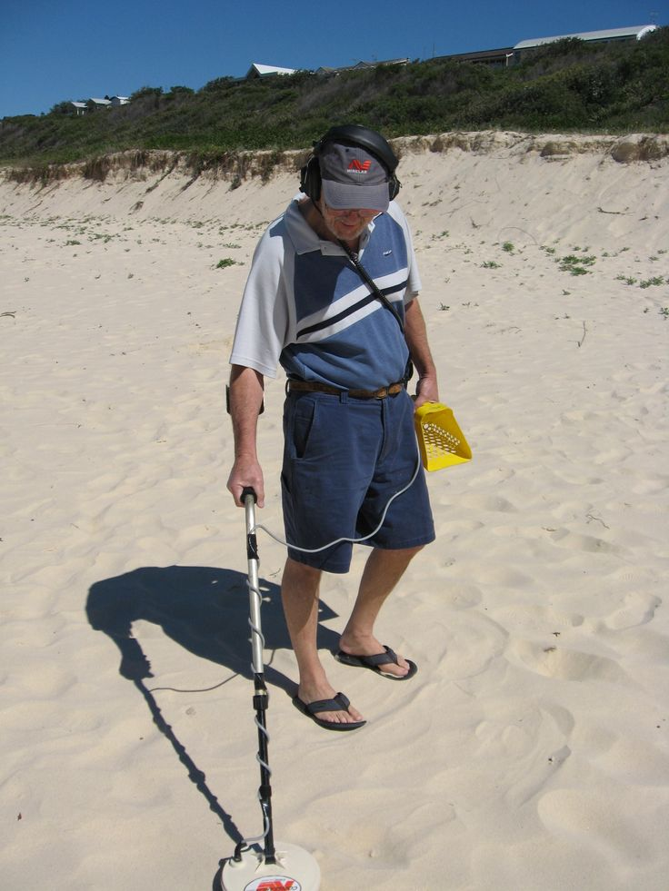 Spring Treasure Hunt we conducted on Boomerang Beach in September 2013
