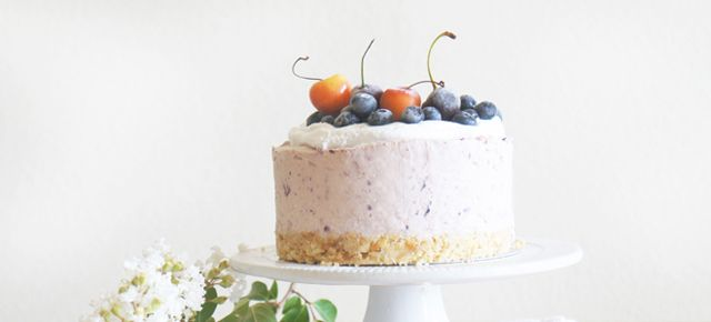 Cherry-Blueberry Summer Cheesecake | Sugary & Buttery
