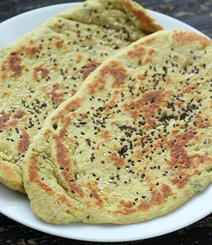 Vegan Richa: Oil-free Cheesy Avocado Naan flatbread with Garlic Kale and Roasted Acorn. Vegan recipe