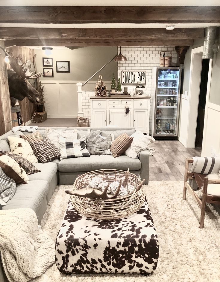 9 Basement Decorating Ideas For Insipiration 2019 Small Basement Apartment Decorating Ideas Finished Basement Designs Basement Living Rooms Basement Design