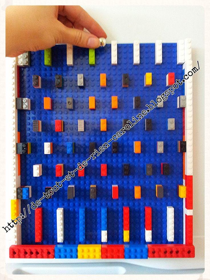 Probability concept with Lego.    De tout et de rien: Activités pour le Préscolaire: Créer un jeu de bagatelle et un labyrinthe avec des briques de construction Lego. Create a magnetic pinball game and a labyrinth of Legos