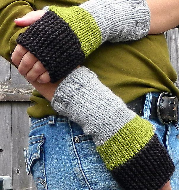 /Ravelry: bluedogwoolies' Camp Out/ fun colors: Fingerless Gloves, Colors Combos, Schools Colors, Yarns Scrap, Boys Scouts, Hands Warmers, Colors Block, Camps Fun, Fun Colors