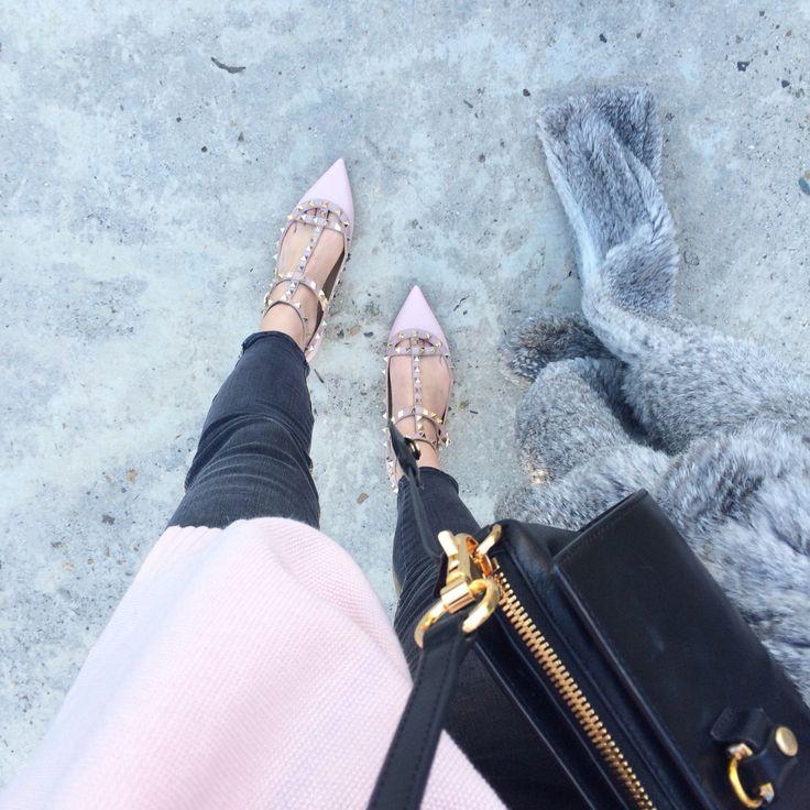 #fwis #valentino #rockstuds #jbrand #fashion #fashionblogger #style #fifideluxe