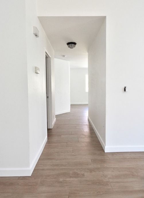 Daltile™ Forest Park Sugar Maple porcelain tile w 1/8 grout seams