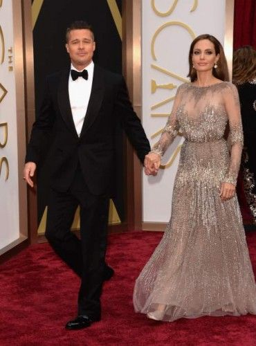 Brad Pitt: Κρατώντας από το χέρι την γυναίκα της ζωής του, χαμογελούσε πλατιά, γεμάτος ευτυχία. Το ότι ήταν και καλοντυμένος, αυτό εννοείται. #oscars