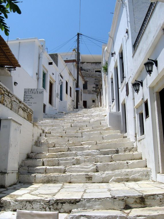 Apiranthos on Naxos