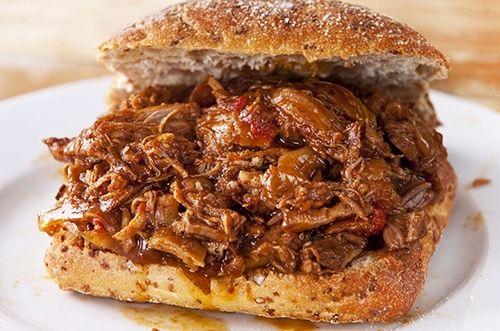 Sándwich de Cerdo Asado Te enseñamos a cocinar recetas fáciles cómo la receta de Sándwich de Cerdo Asado y muchas otras recetas de cocina.