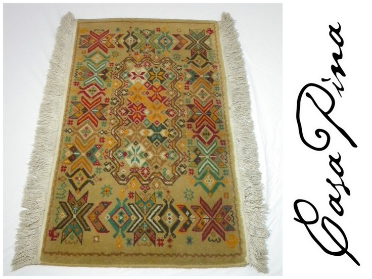 Par de tapetes temoaya para pie de cama anudados a mano for Tapetes anudados a mano
